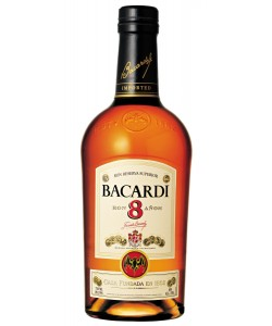 Rum Bacardi 8 anni