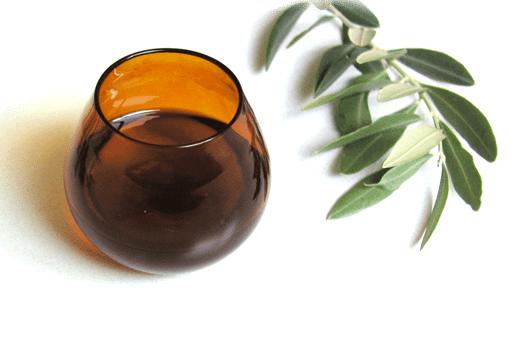 Bicchierino per la degustazione dell'olio nella variante cromatica marrone